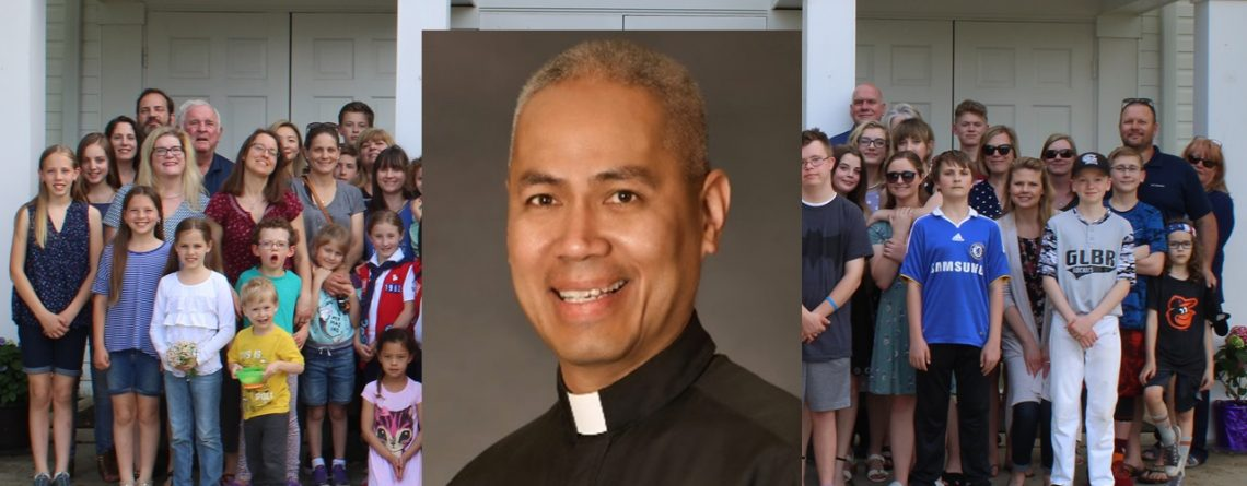 Parishioners Rally to Arlington Priest's Defense, Accuse Parish Employee of Seeking False Allegations
